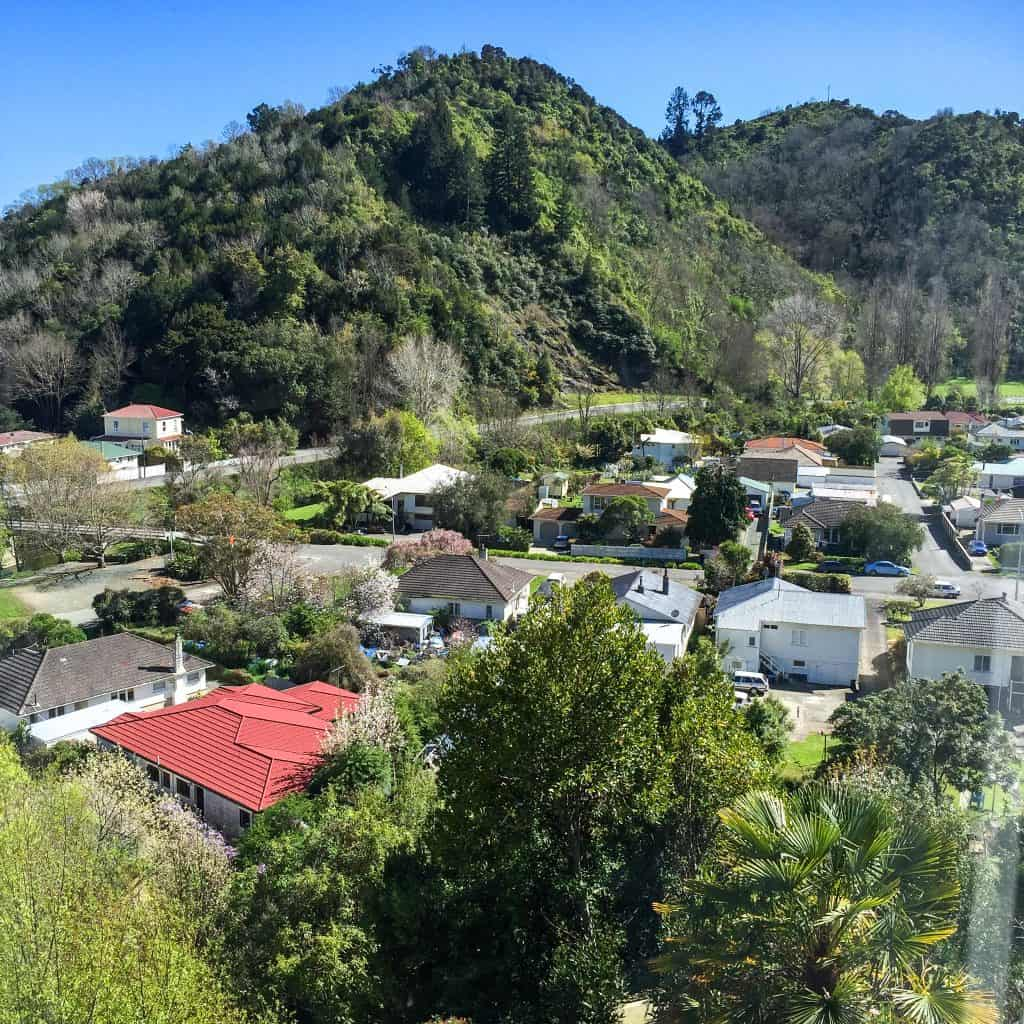 a photo of the centre of New Zealand one of the most popular walks in nelson